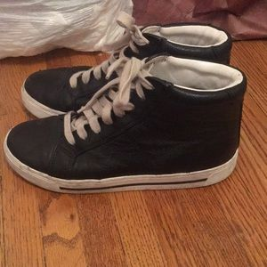 Marc by Marc jacobs high tops in size 7.5